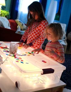 light table Source by Montessori Activities, Kindergarten Activities, Infant Activities, Play Based Learning, Early Learning, Fun Summer Activities, Educational Games For Kids, Kids Corner, Lessons For Kids