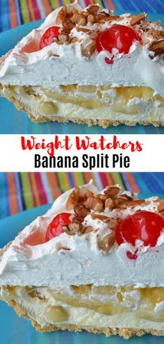 Banana Split Pie // Summer is coming. Weight Watcher Desserts, Weight Watchers Snacks, Plats Weight Watchers, Desserts Pauvres En Calories, Low Calorie Desserts, Ww Desserts, Healthy Desserts, Dessert Recipes, Desserts