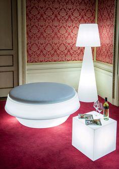 WHITE PROJECT. Аренда дизайнерской мебели. Аренда мебели с подсветкой. > CUBO 40