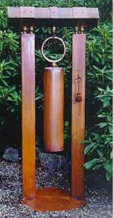 Organic Gardening Magazine Back Issues Rusty Garden, Bamboo Garden, Metal Garden Art, Welding Art Projects, Metal Art Projects, Yard Sculptures, Garden Sculpture, Bell Gardens, Organic Gardening Magazine