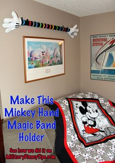 Instructions for making a Mickey Hand Magic Band holder