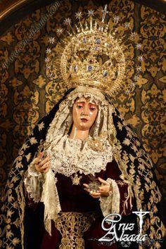 Virgen del Valle, la del desbordado llanto.