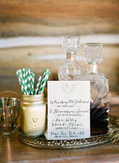 decanter bar accessories including mirror vanity tray from Ira & Lucy #weddingaccessories #bardecor http://iraandlucy.com/