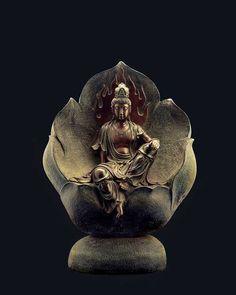 buddhismuniverse: Buddha Handcraft I love it. - Self Assassin Buddha Buddhism, Buddha Art, Buddha Sculpture, Sculpture Art, Statues, Guanyin, Religious Art, Stone Art, Chinese Art