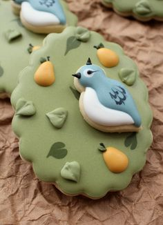 Twelve Days of Christmas Cookie Project Partridge in a pear tree cookie