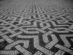 Calçada portuguesa-Portuguese pavement.|| #pattern #design #paving #mosaic #black #white #gray #inspiration