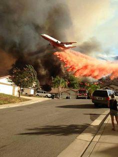 DC 10 fighting a California fire.