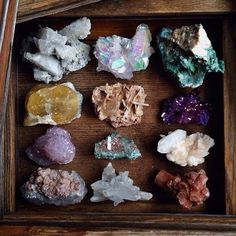 I love crystal clutter!