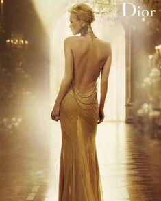 いいね!170件、コメント2件 ― Leoさん(@charlizetheronleo)のInstagramアカウント: 「#charlizetheron #Dior」