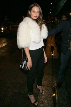 Alicia Vikander à la soirée Louis Vuitton http://www.vogue.fr/mode/inspirations/diaporama/les-meilleurs-looks-de-la-semaine-mars-2016/26409#alicia-vikander-a-la-soiree-louis-vuitton