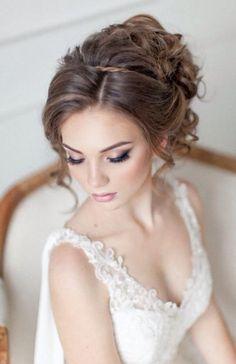 Amazing wedding makeup tips! Amazing wedding makeup tips! Wedding Makeup Tips, Natural Wedding Makeup, Bridal Hair And Makeup, Wedding Hair And Makeup, Wedding Beauty, Hair Makeup, Communion Hairstyles, Wedding Hairstyles, Wedding Make Up