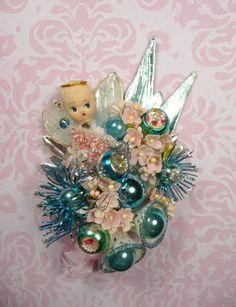 50 Amazing Vintage Christmas Ornament Ideas - Home Design - Shabby Chic Christmas, Antique Christmas, Christmas Past, Blue Christmas, Retro Christmas, Diy Christmas Ornaments, Vintage Holiday, Christmas Holidays, Christmas Decorations