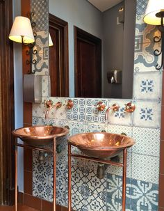 One of these copper sinks would be perfect in a small powder room. - The 2 Seasons