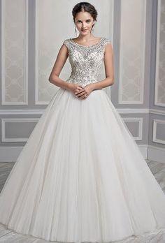 Kenneth Winston Wedding Dresses - Fall 2015 - Bridal Runway Shows - Brides.com | Brides.com