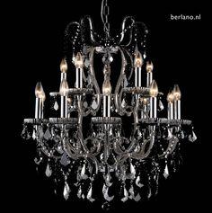 Kroonluchter zilverkleur. Klassieke zilverkleur hanglamp kristalglas. Grote Kroonluchters messing, goudkleur, brons en mat metaal. Bolvorm Krionluchters