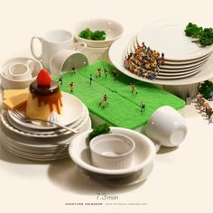 World Tea Cup Nuevas obras Tanaka tatsuya- Forever Happy Micro Photography, Miniature Photography, Figure Photography, Toys Photography, Creative Photography, Creative Pictures, Creative Art, Thing 1, Miniature Calendar