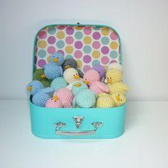 Amigurumi, petit animal décoration chambre d'enfant ou jouet.