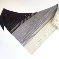 Gryer Shawl by Isabell Kraemer, knitted by @b_s_moller | malabrigo Worsted