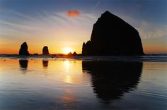 Haystack Rock.  I love the Oregon Coast.