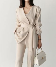 - K-fashion - - K-Mode - Outfits Casual Outfits For Work, Lazy Fall Outfits, Office Wear Women Work Outfits, Simple Fall Outfits, Style Outfits, Fall Fashion Outfits, Mode Outfits, Office Outfits, Work Fashion