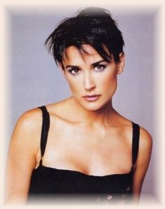 Demi Moore Hairstyles, Going From Long To Short