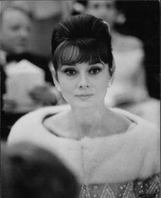 "Audrey Hepburn sul ""France"", Le Havre gennaio 1962. Stampa fotografica originale alla gelatina sali d'argento su carta baritata, cm 24 x 30 ca."