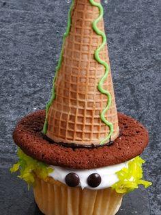 Little Witch Cupcake by addie