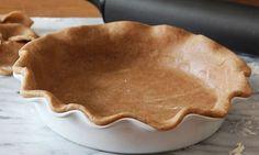 Cinnamon Pie Crust - Use our cinnamon-spiced pie crust for pumpkin, apple and sweet potato pies. Pie Dessert, Dessert Recipes, Cinnamon Pie, Pie Crust Recipes, Pie Crusts, Tart Recipes, Sweet Pie, How Sweet Eats, Pie Cake