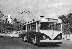 """O ônibus elétrico, mais conhecido como """"chifrudo"""""""