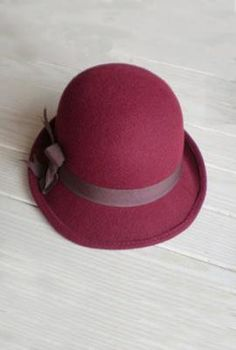 Autumn Walks Bow Felt Cloche in Wine | Sincerely Sweet Boutique