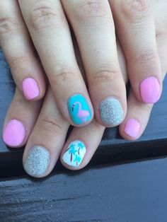 Summer nails on point