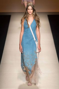 Alberta Ferretti Spring 2015. See the best runway looks from Day 1 of Milan Fashion Week here.