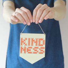 The Best Kindness Crafts and Printables for Kids - Crafting Kind Kids Mini Cross Stitch, Modern Cross Stitch, Embroidery Thread, Cross Stitch Embroidery, Small Christmas Gifts, Sand Crafts, Craft Kits For Kids, Contemporary Embroidery, Motivational Gifts