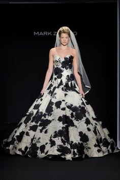 Robe de mariée de couleurs Zunino