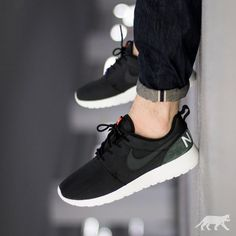 """Nike Roshe One Retro   EU 40 – 47.5   89€   shop: asphaltgold.de #nike #roshe #rosherun #roshes #nikeroshe #nikerosherun #teamroshe #asphaltgold…"""