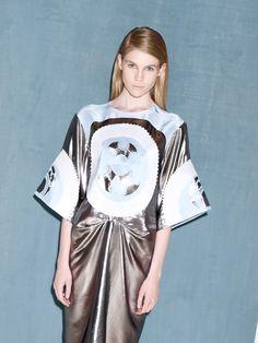 #metallic #blue #print Stylists, Metallic Blue, Prints, Fashion, Moda, Fashion Styles, Fashion Illustrations