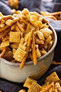 Caramel Chex Mix ~ The Perfect Blend of Sweet & Salty in this Snack Mix! Plus it
