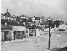 """Panorama Nowego Miasta z ulicy Rybaki.Dzisiaj w tym miejscu jest Park Fontann. Zdjęcie pochodzi z książki """"Portret Warszawy lat międzywojennych"""" wydanej w roku 1974."""