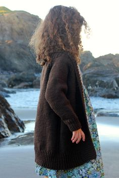 lost coast // shelter cove cardigan by ashley hurst in quince and co. lark