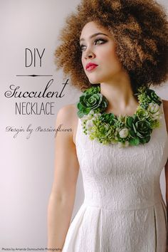 Succulent Jewelry is on trend! See how to make your own DIY succulent necklace… Felt Necklace, Diy Jewelry Necklace, Floral Necklace, Simple Necklace, Diamond Necklaces, Amanda, Do It Yourself Fashion, Easy Diy, Simple Diy