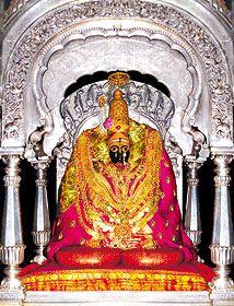 Shri Tuljabhavani Temple - Famous Hindu Temples and Tourist Places in India Om Namah Shivaya, Shivaji Maharaj Hd Wallpaper, Swami Samarth, Temple India, Doraemon Wallpapers, Phone Wallpaper Images, Tanjore Painting, Durga Maa, Mother Goddess