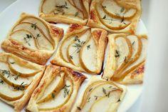 Tartaletki francuskie z gruszką, miodem i tymiankiem.