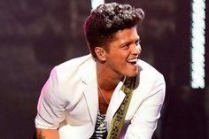 Imagem: Bruno Mars será atração do EMA 2016