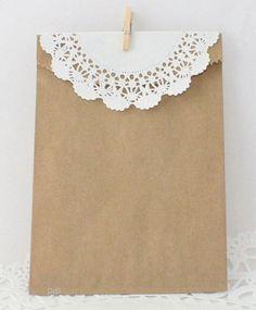 Kraft Paper Bag  Paper Doily Mini Clothespin par ThePaperSandbox, $7,25