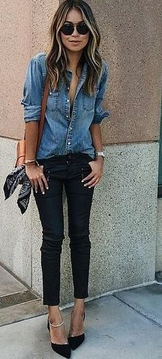 Denim button down + black skinny jeans.