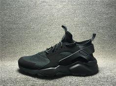 2017 Nike Air Huarache Breathable Mens Womans Sports Shoes Black 02 Black Shoes, All Black Sneakers, Sneakers Nike, Asics Shoes, Nike Air Huarache, Cheap Nike, Sports Shoes, Nike Free, Nike Air Max
