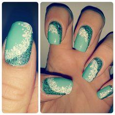 Green and glitter tiffany lace nail art