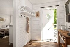 ZsaZsa Bellagio – Like No Other: House Beautiful: A Swedish Cottage Delight! If I have a lake cabin. Pine Walls, Pine Floors, Swedish Cottage, Cottage Style, Painted Osb, Sweden House, Entry Foyer, Uppsala, Cozy House
