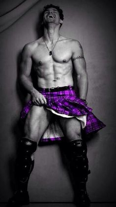 Oh My!! kilts, i love purple, sexi, purpl kilt, color splash, scottish, manday hotti, hot men, purpl rain