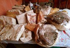 Cum se face slănină afumată în Ardeal și Banat? Rețeta tradițională de slană sau clisă (nu șuncă!) | Savori Urbane Prosciutto, Carne, Camembert Cheese, Cake Recipes, Bread, Food Cakes, Pork, Ham, Cakes
